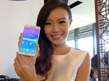 Samsung GALAXY Note 4 真的「筆」較智慧,相機具更大光圈f1.9及OIS