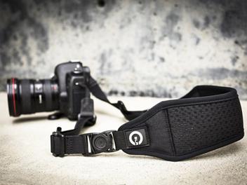 美國卡司汀 Custom SLR新品:「AIR背帶」和「特攻手腕帶」在台上市!