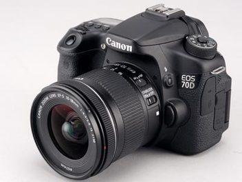 平價版的超廣角變焦鏡頭  Canon EF-S 10-18mm F4.5-5.6 IS STM