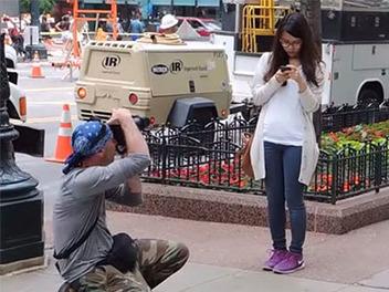 超高招街拍技巧!攝影師無察覺式近距離側拍路人實景示範