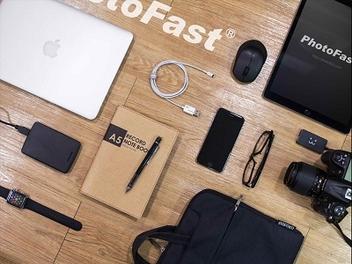 iPhone影像備份新幫手:PhotoFast推出隨身相本和編織線型隨身碟