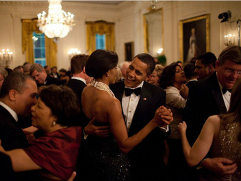 『圖集』媒體選出歐巴馬御用攝影師Pete Souza八年來的最佳作品