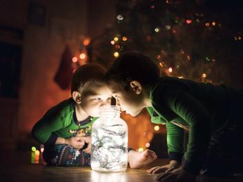 業餘攝影師父親鏡頭下的童真世界