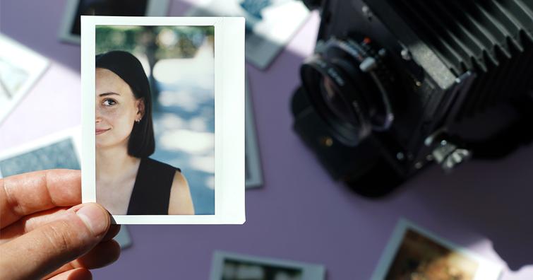 LomoGraflok 4x5大片幅相機專用拍立得機背 — 使用Fujifilm Instax Wide底片,售價NT$ 4,990